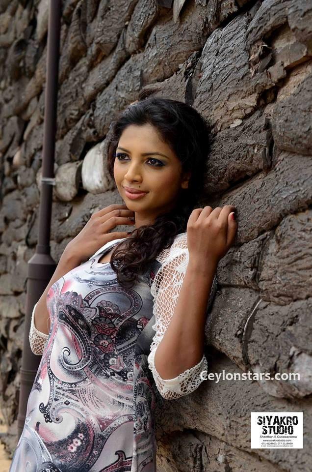 kolkata actress koel mollic photo 8LRZojis