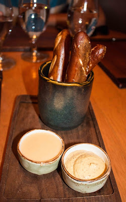 Gordon Ramsay Pub & Grill - Warm Salty Pretzels