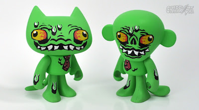 Crap Stink Splasher Set by VanBeater - Crap Stink Splasher CrappyCat & Crap Stink Splasher FunkMonkey Vinyl Figures