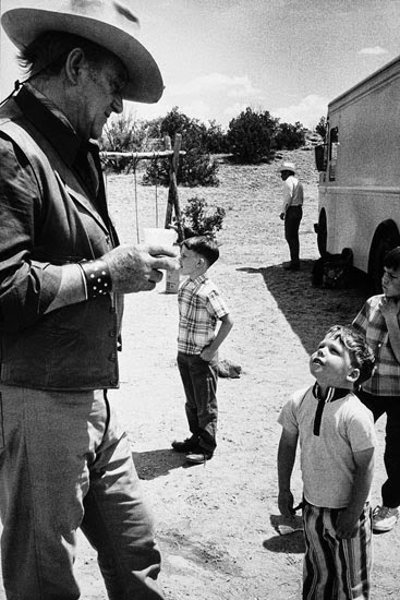 John-Wayne-by-Bob-Willoughby