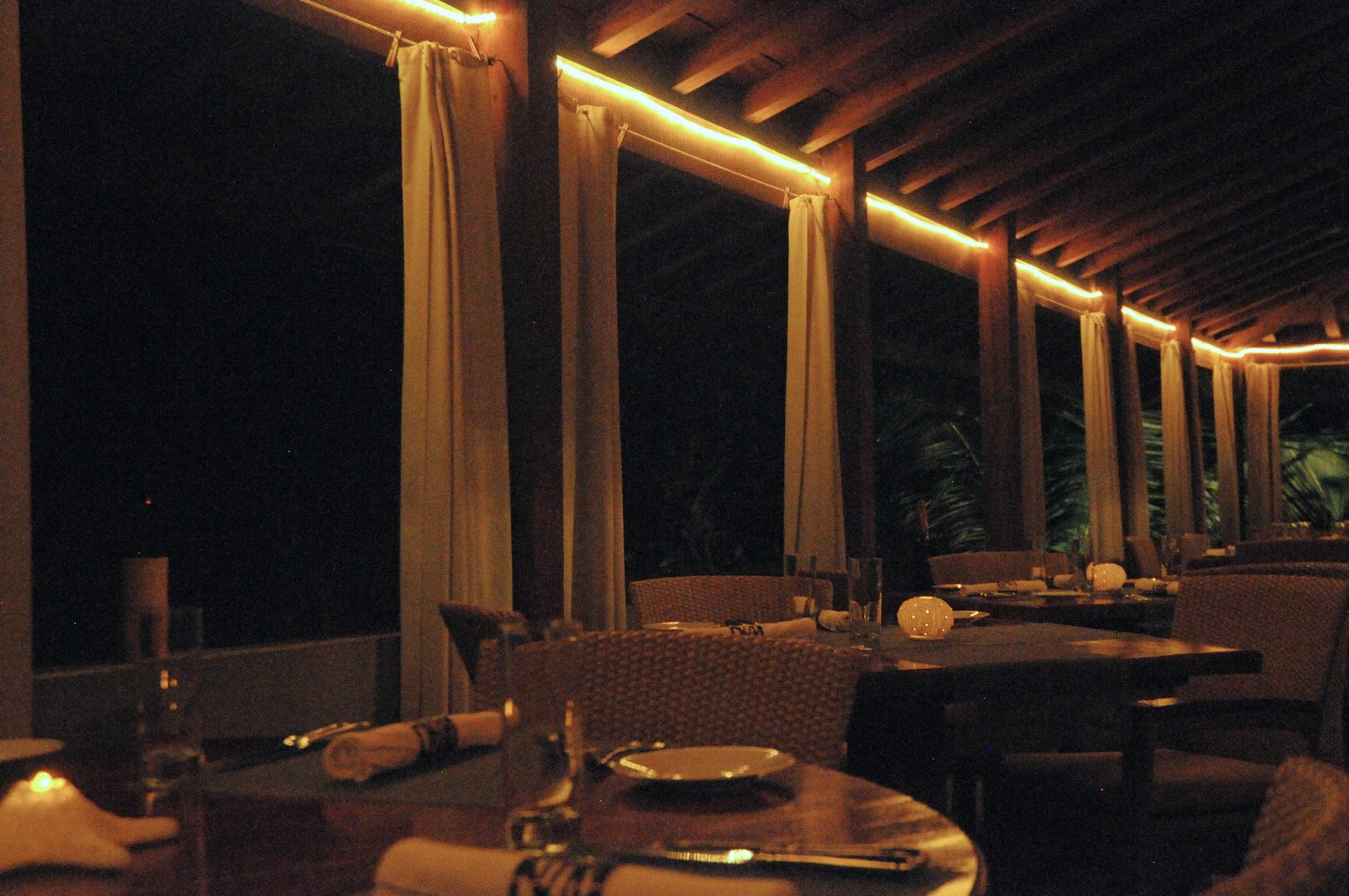 Veya-Caribbean-Restaurant-Luxury