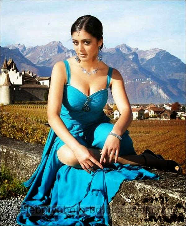 South%2BIndian%2BActress%2BHot%2BBlouse%2BSide%2BView%2BPhotos%2BCollections009