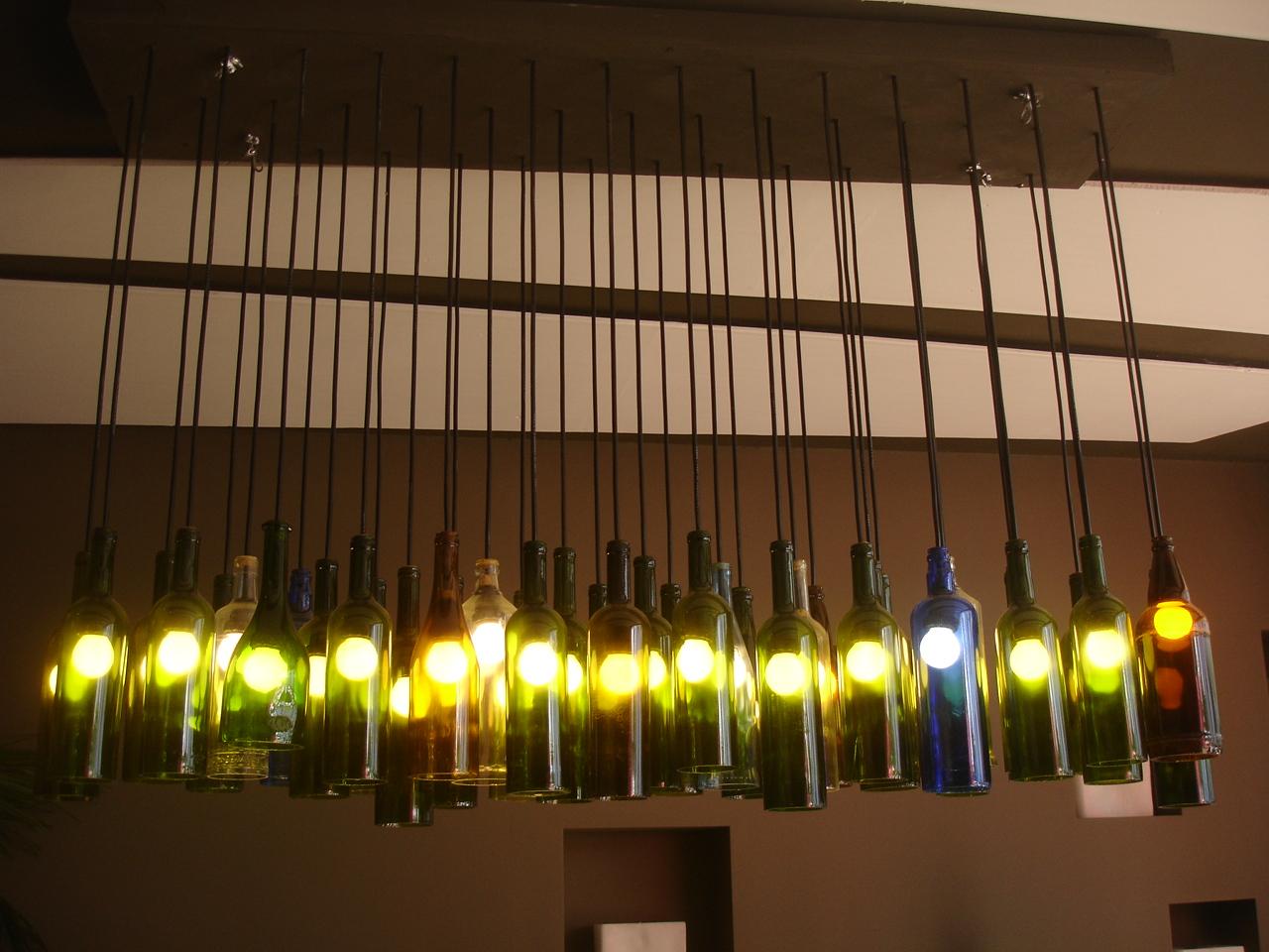 decoracao em lampadas:Ideias criativas e recicladas para decorar sua casa