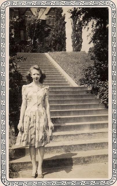 1940s gals via vixen vintage