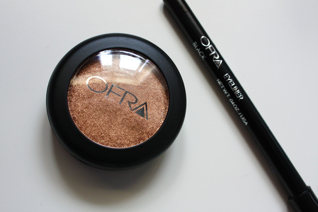 OFRA Pressed eyeshadow in Gold Rush + OFRA eyeliner in black