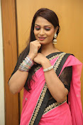 Sonali sizzling photos in saree-thumbnail-9