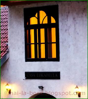 fereastra felinare casa lorabella