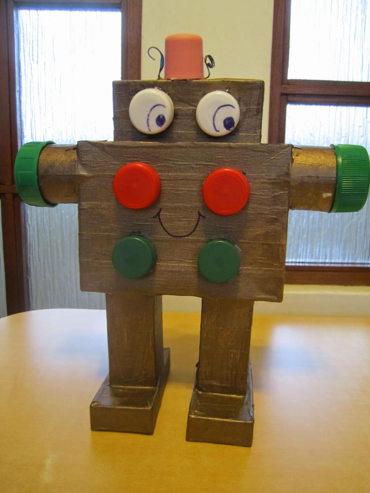 juguetes con materiales reciclados abuirene y algo mas robot. Black Bedroom Furniture Sets. Home Design Ideas
