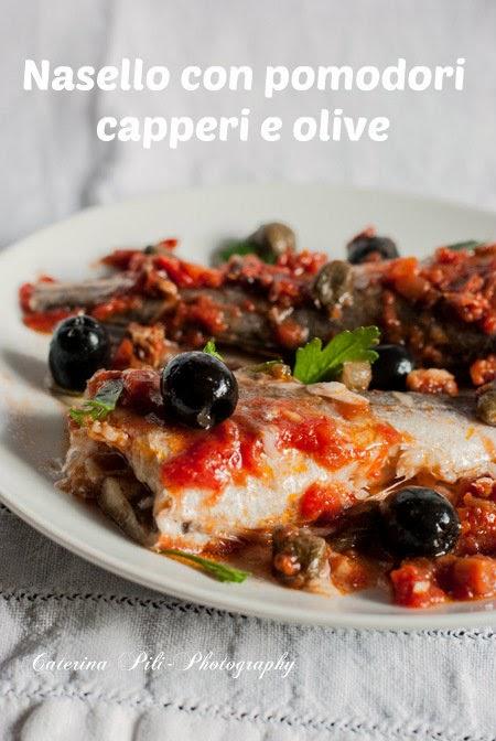 Nasello con pomodori,capperi e olive, cottura light a vapore nel Varoma