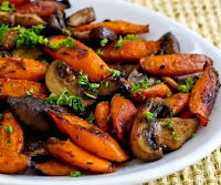 Cenouras Assadas com Cogumelos e Tomilho (vegana)