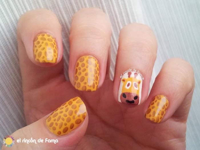 Nail-art-jirafa