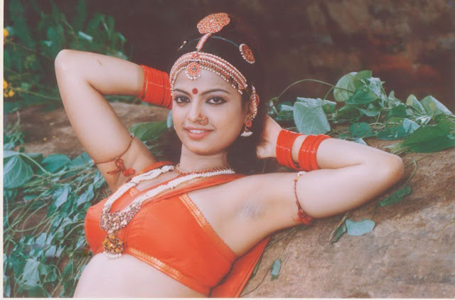 Mallika Suvarna Hot Actress Navel