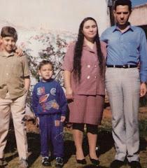 FACEBOOK: Sebastião e família
