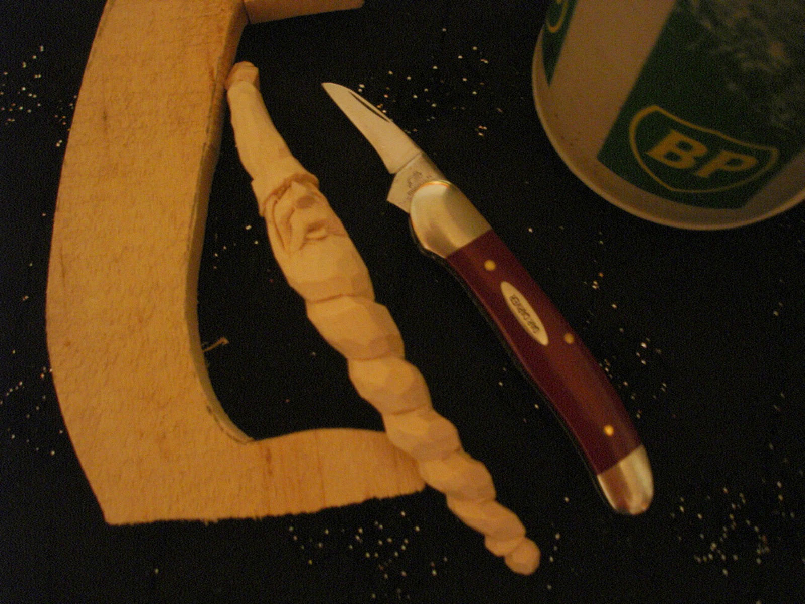 BEGINNERS CARVING CORNER AND BEYOND: Whittling A Spiral