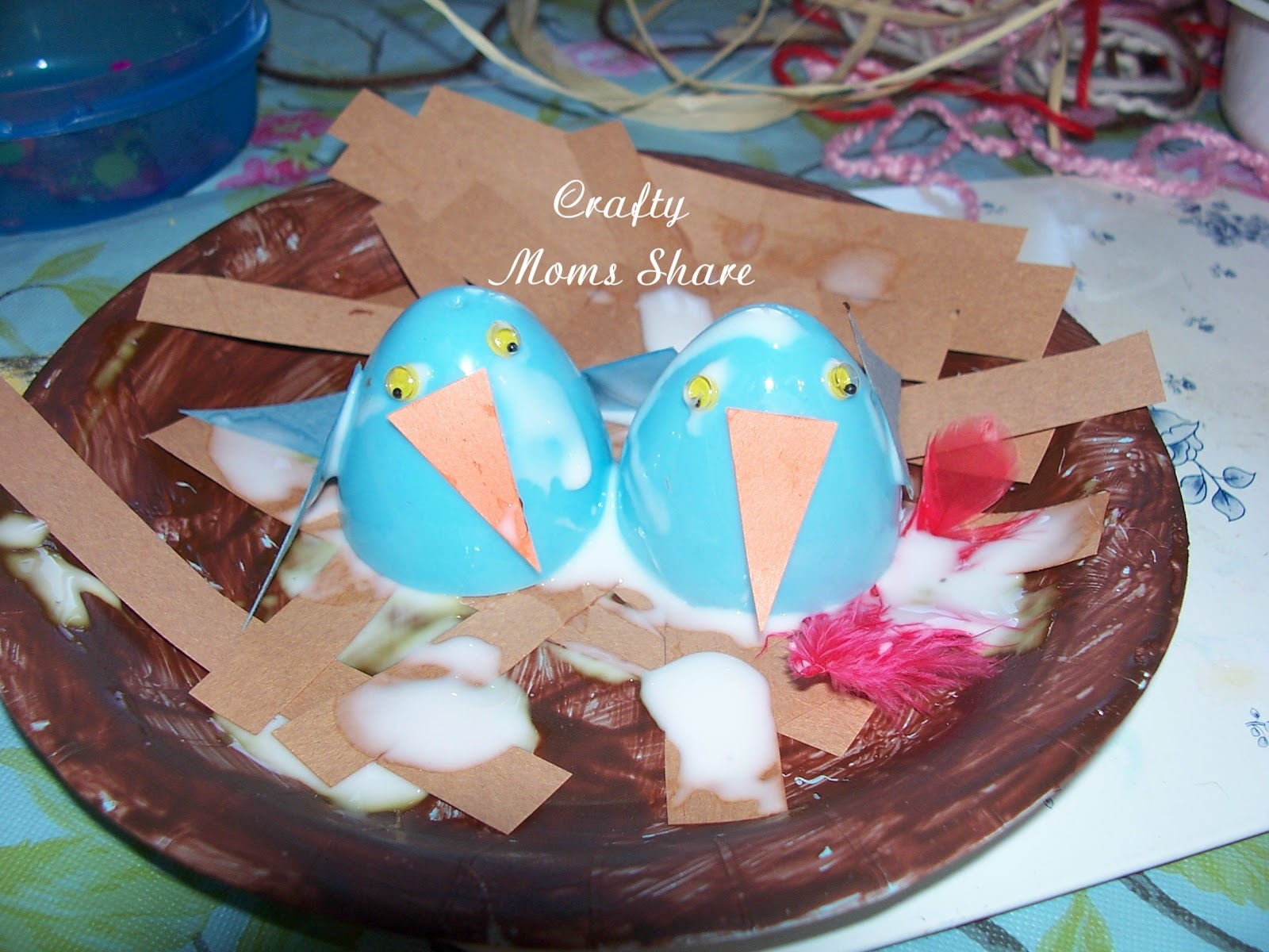 Crafty Moms Share: Building a Bird Nest