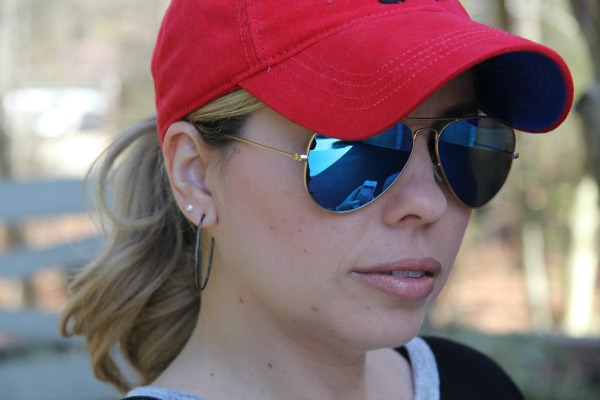 Aviator Sunglasses with Blue Lenses from Ray Ban, Red Cap from American Eagle Outfitters