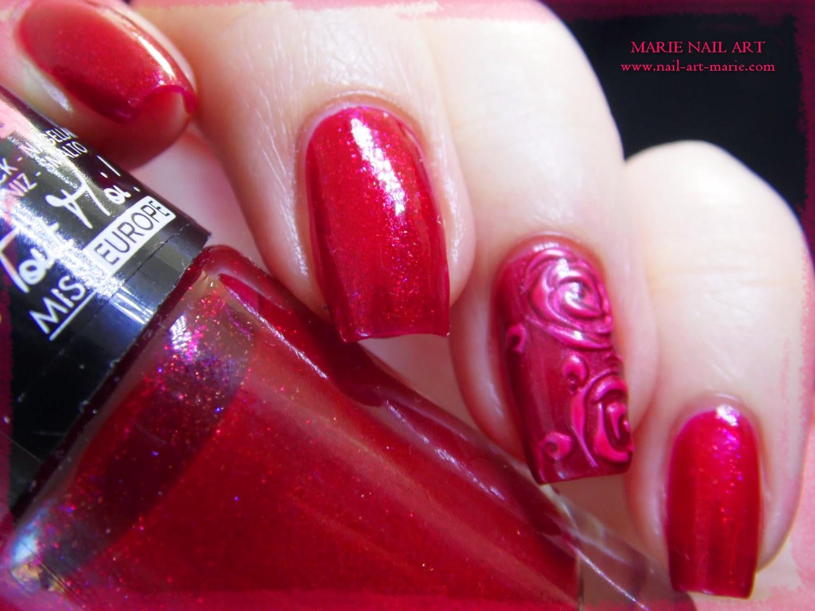 nail art roses métallisées en 3D4