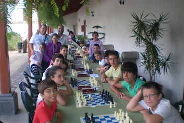 14 jóvenes promesas de las Escuelas de Ajedrez participaron en el XV Blitz Fiestas El Pino 2011