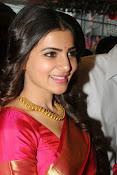 Samantha glamorous photos in saree-thumbnail-6