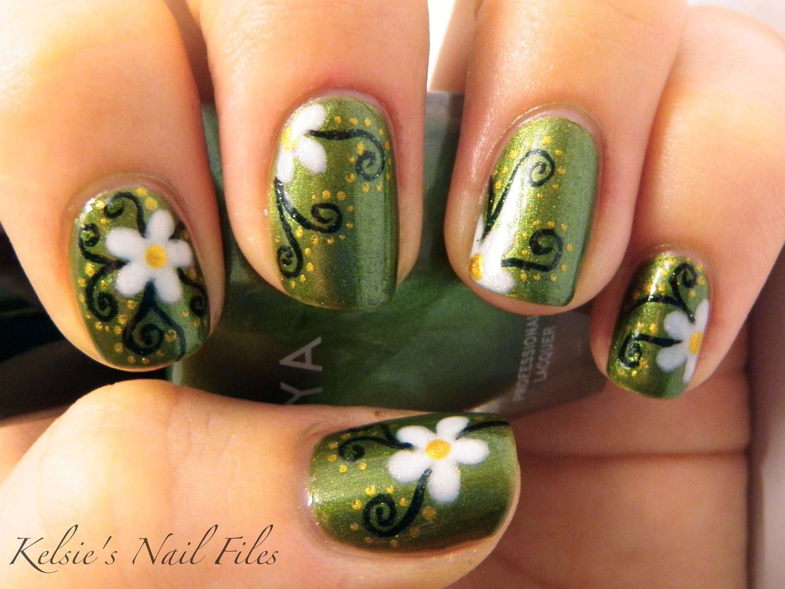 Kelsie's Nail Files: Day 4: GREEN nails