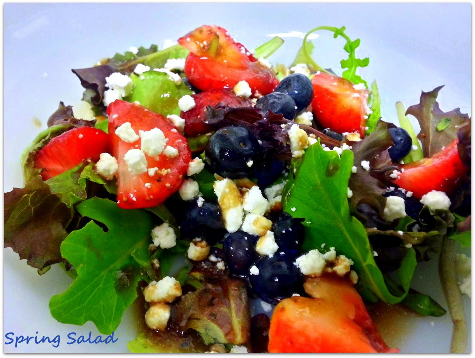 The Spice Who Loved Me: Spring Salad with Berries and Goat Cheese ...