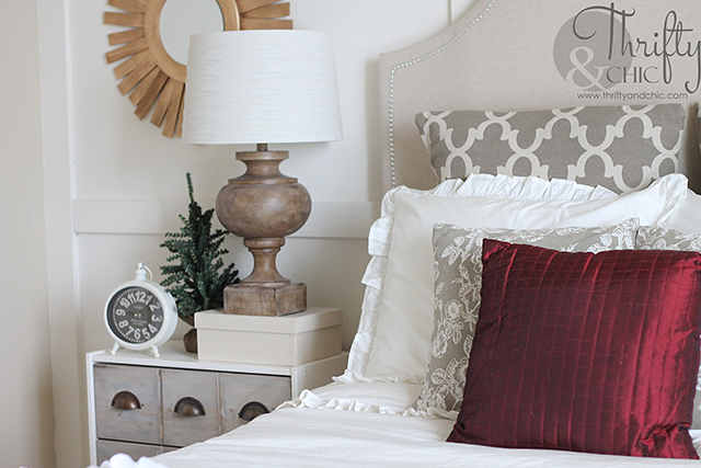 Christmas decorating ideas for the bedroom