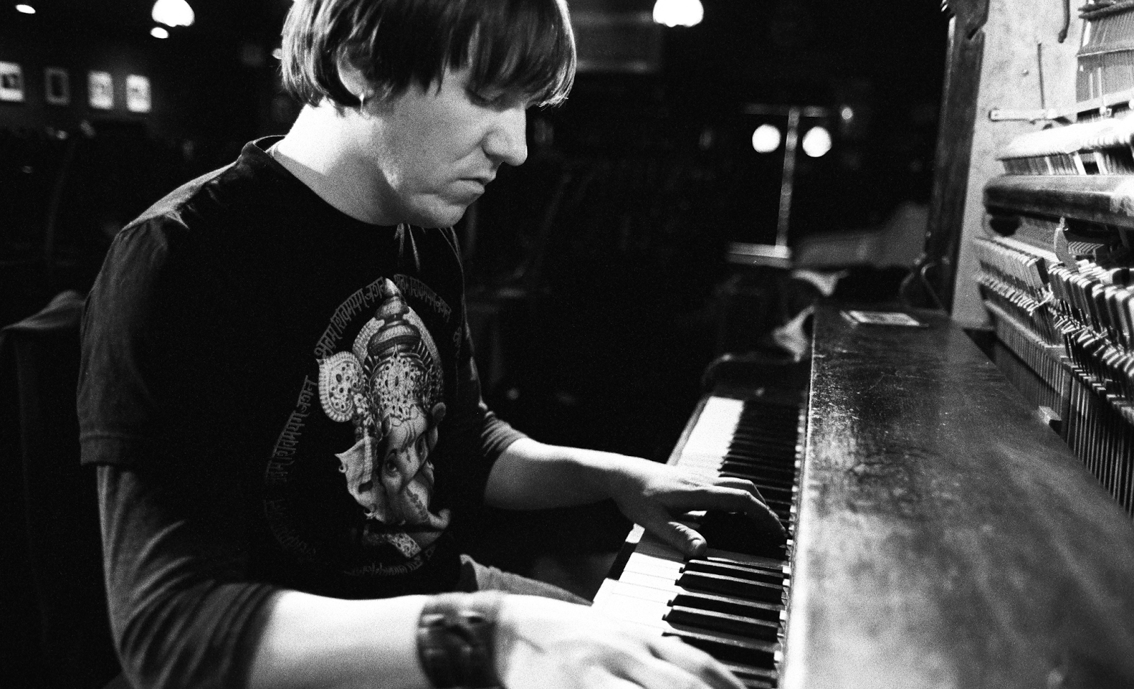 elliott smith 39 from a basement on the hill 39 review 2004