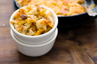cauliflower and gruyere macaroni and cheese