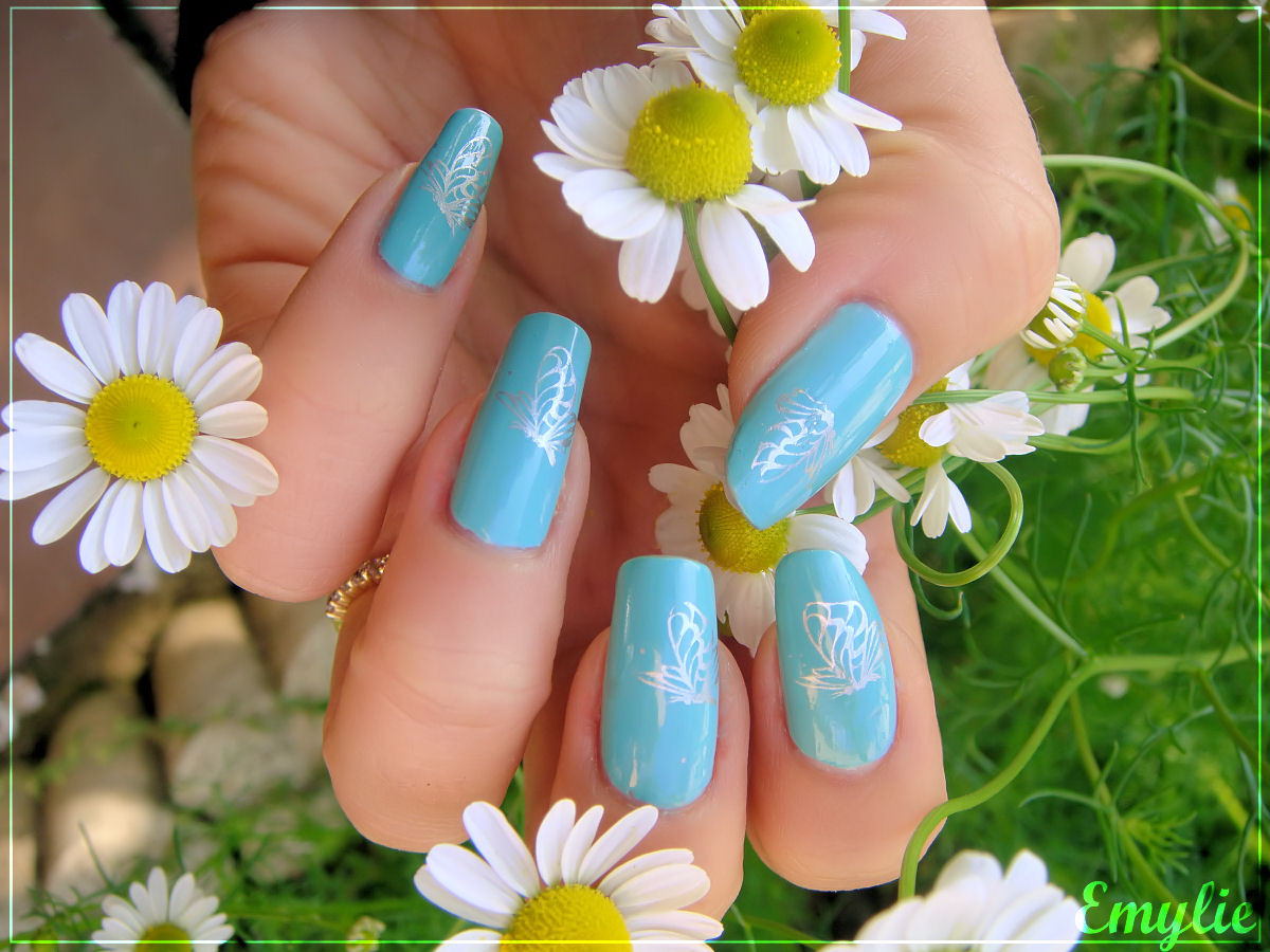 Natural Nail Art Designs