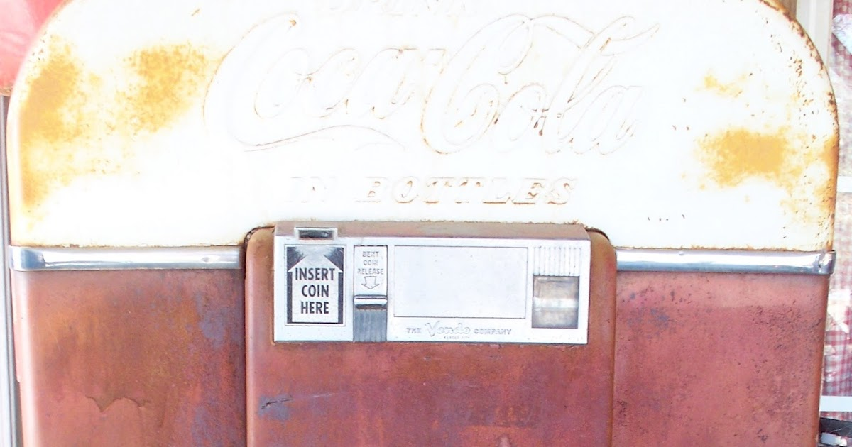 coca cola in bottle vending machine