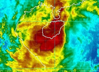 NALGAE jetzt zum Teil über Hainan - In Vietnam schon spürbar, Nalgae, Hainan, aktuell, Vietnam, Satellitenbild Satellitenbilder, Vorhersage Forecast Prognose, Oktober, 2011, Taifunsaison, Pazifik,