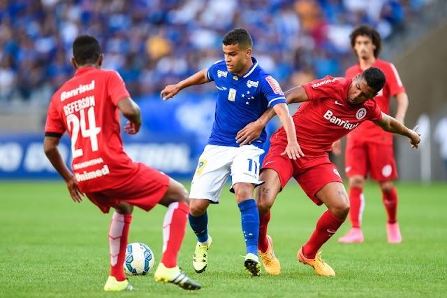 Depois de tropeço fora, Cruzeiro empata em casa