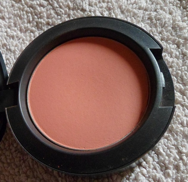 MAC+Peaches+Blush+Swatch+Review