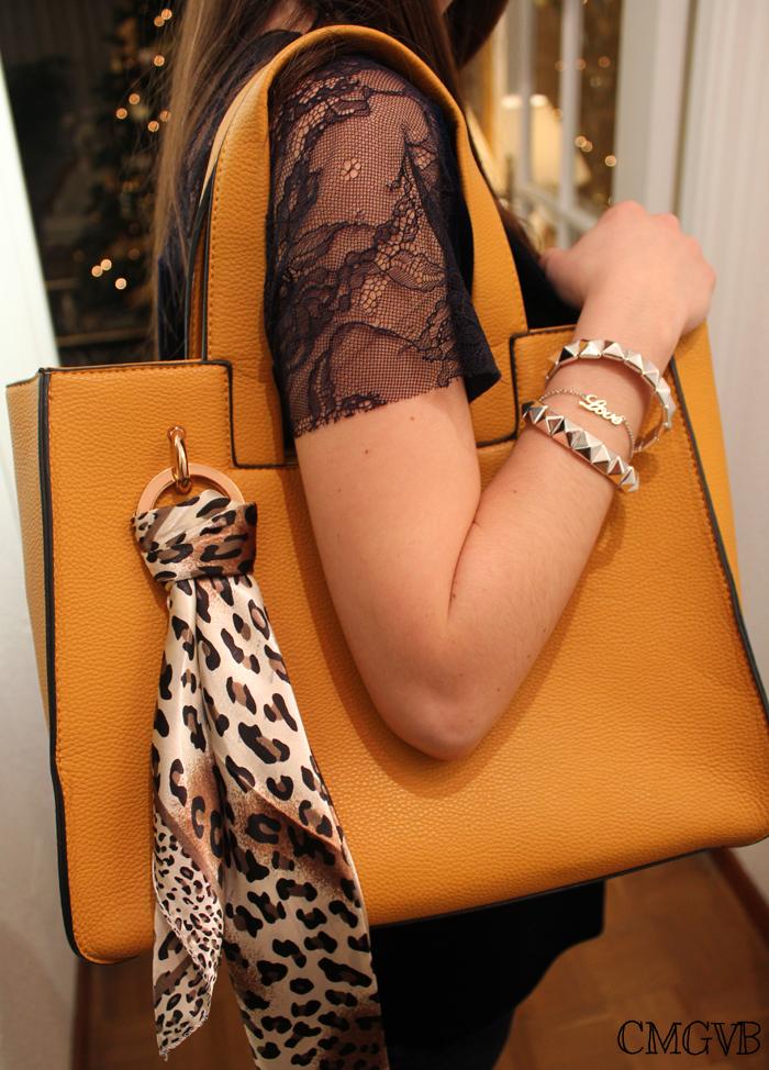 diana dazzling, fashion blogger, fashion blog,  cmgvb, como me gusta vivir bien, dazzling, luxury, mustard bag, bolso mostaza, outfit