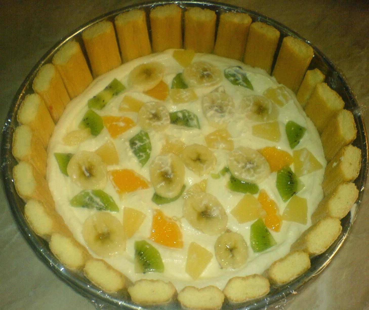 preparare tort diplomat, preparare tort diplomat cu fructe, preparare tort diplomat cu fructe si piscoturi, cum se prepara tortul diplomat, cum facem tort diplomat, cum preparam tort diplomat, retete si preparate culinare tort diplomat,