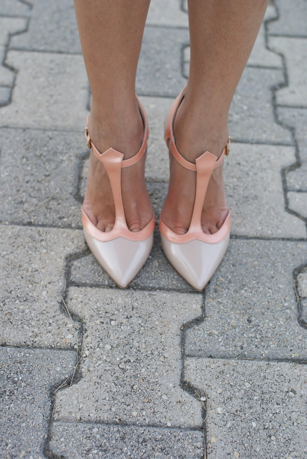 Sergio Levantesi, t-bar heels, peach and cream shoes, Fashion and Cookies, fashion blogger