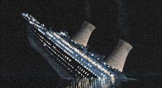 Chris Jordan | Titanic mushroom clouds