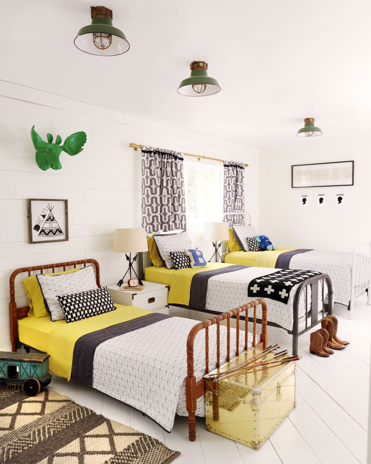 Vintage e industrial con mucho color en arizona etxekodeco for Vintage childrens room decor