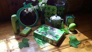 коллаж зеленого цвета