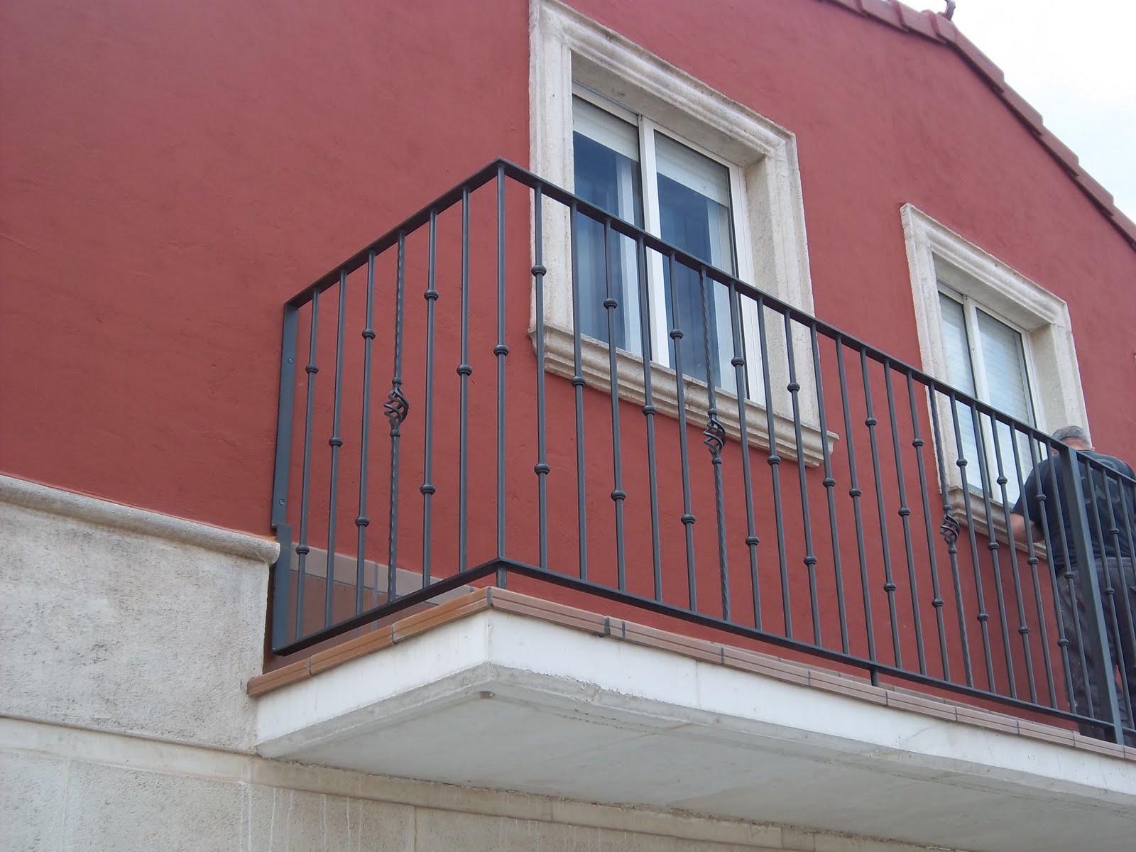 Norbel carpinteria met lica y acero inoxidable balcones y - Balcones de forja antiguos ...