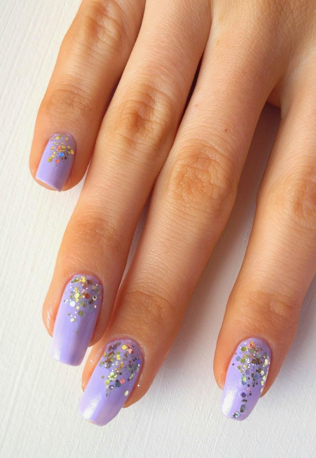 graduated-glitter-nails-lilac