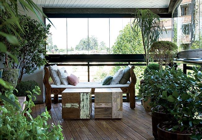 fotos de jardins horizontais : fotos de jardins horizontais:Jardins verticais, horizontais, tudo na varanda .