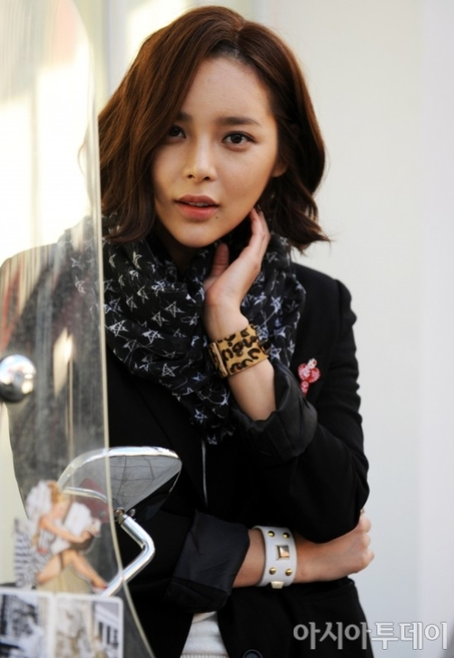 Park Si Yeon excited to work with Morgan Freeman on 'The Last ...