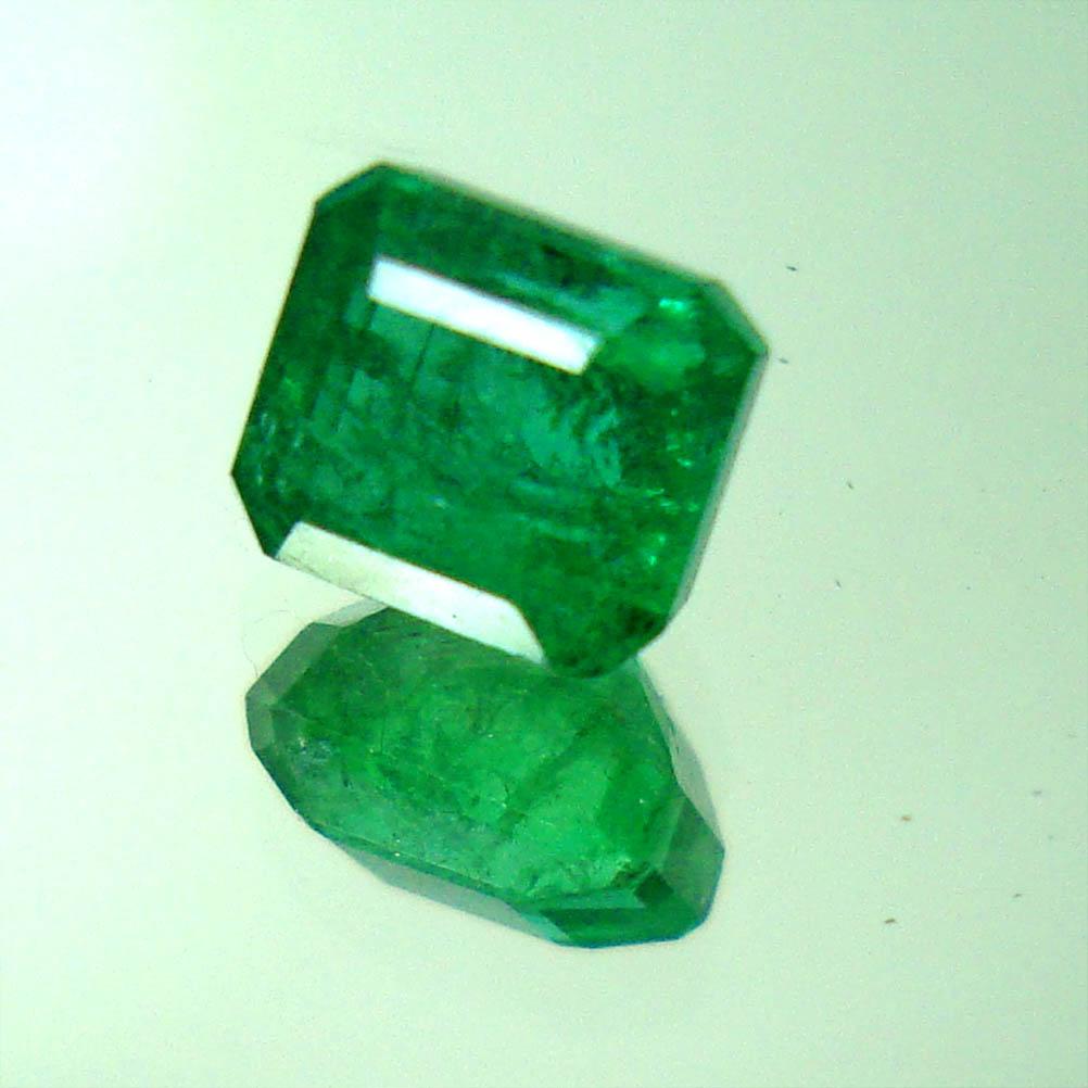 Batu Mulia Jamrud