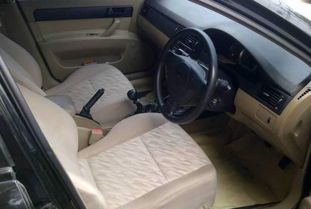 Interior mobil Chevrolet Optra