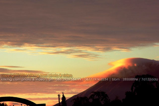 NEW OF SUNRISE NEGRI ATAS AWAN - photo by klikmg 2