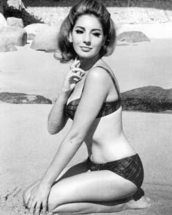 Jacqueline Leonard Nude