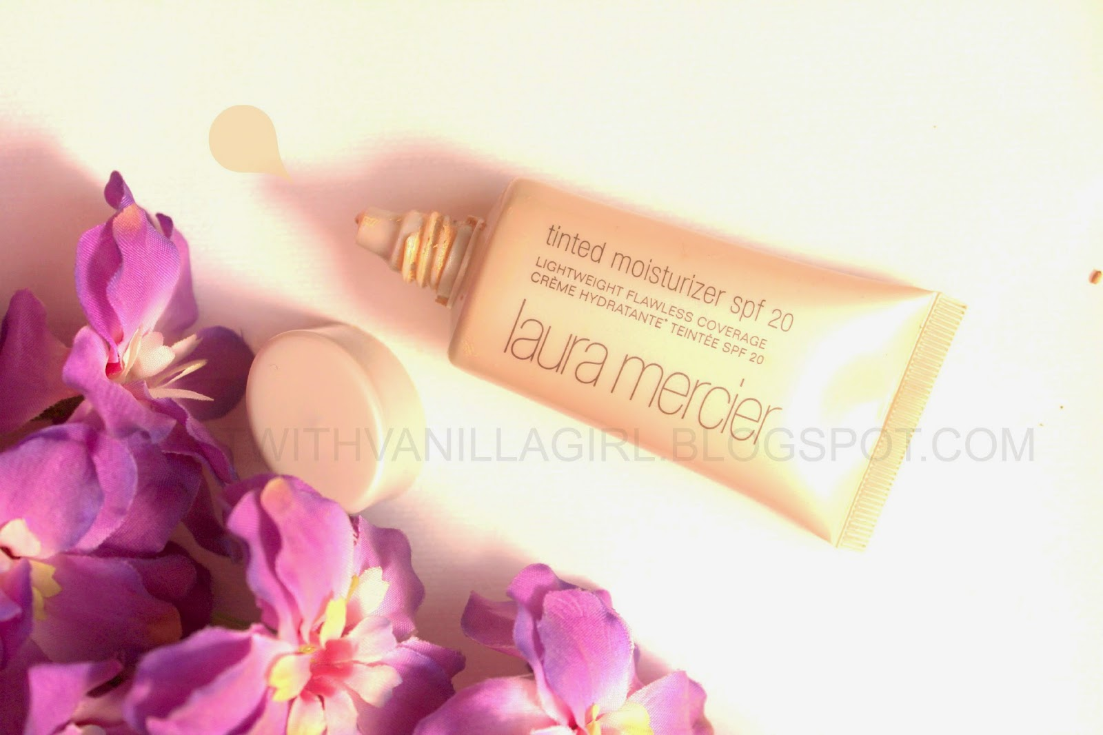 LAURA MERCIER'S TINTED MOISTURISER WITH SPF 20