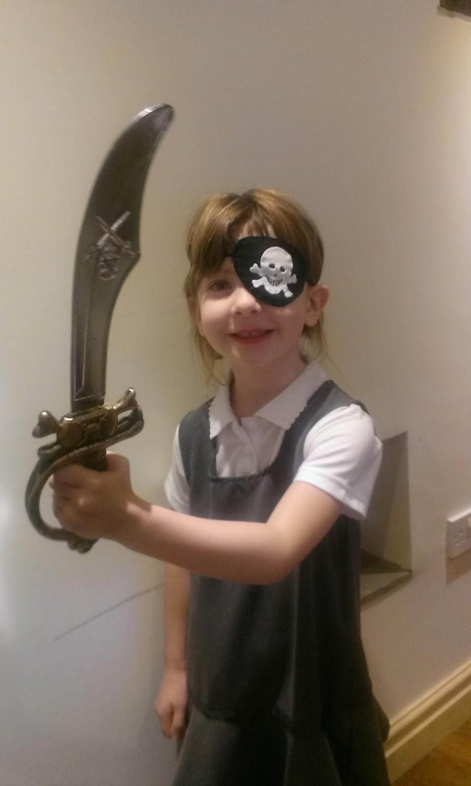 How To Make A Felt DIY Pirate Sword Tutorial