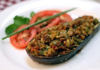 Berinjela Recheada com Carne de Soja (vegana)